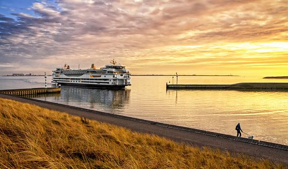Veerboot en zonsondergang op Texel / Ferry and sunset on Texel