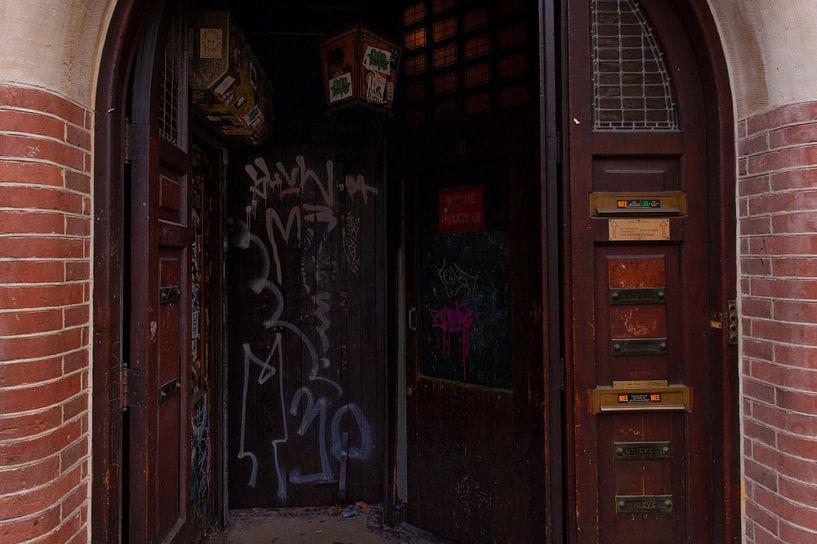 A Dutch Doorway van Brian Morgan