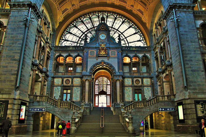 Antwerpen Centraal Station van Sem Viersen