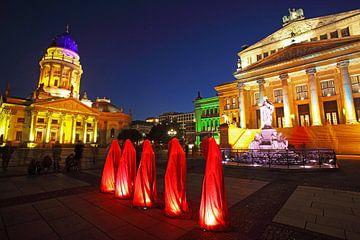 Fünf Skulpturen auf dem Berliner Gendarmenmarkt von Frank Herrmann