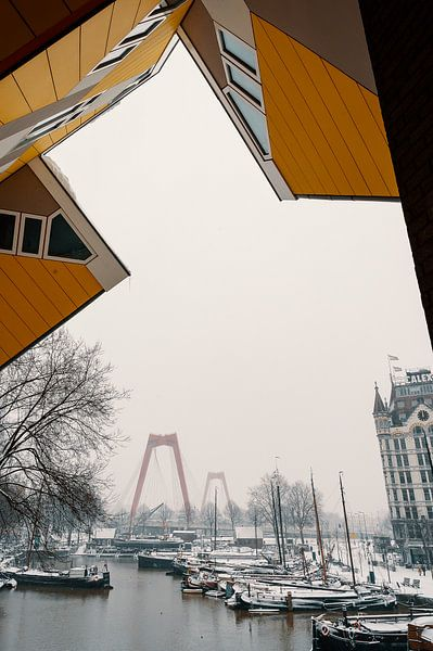 Der Alte Hafen im Schnee von Paul Poot