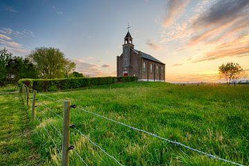 Die kleine Kirche auf dem Lande II von Max ter Burg Fotografie