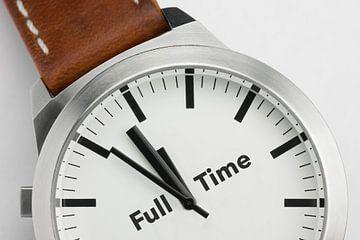 Horloge met tekst Full Time van Tonko Oosterink