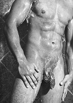 Sehr schöner nackter Mann, der in einer Dusche fotografiert wurde. #E0081 von william langeveld