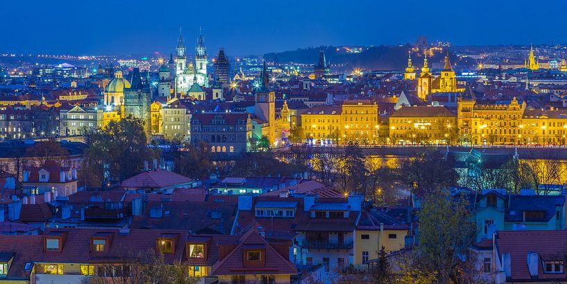 Uitzicht over de oude stad in Praag, Tsjechië - 4 van Tux Photography