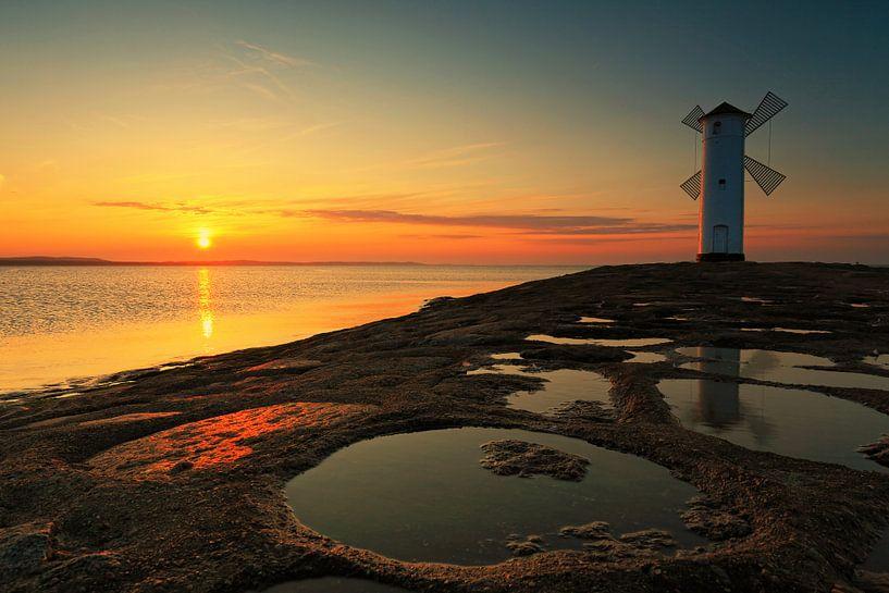 Phare du moulin sur la jetée ouest (Swinemündes/ Świnoujście) au coucher du soleil sur Frank Herrmann