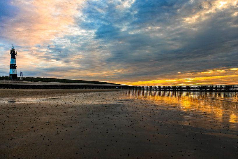 Breskens zonsondergang / sunset van Dick Jeukens