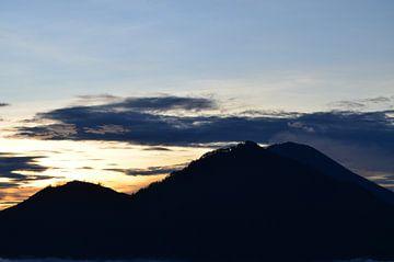 Zonsopgang in Bali van Esther Kruik
