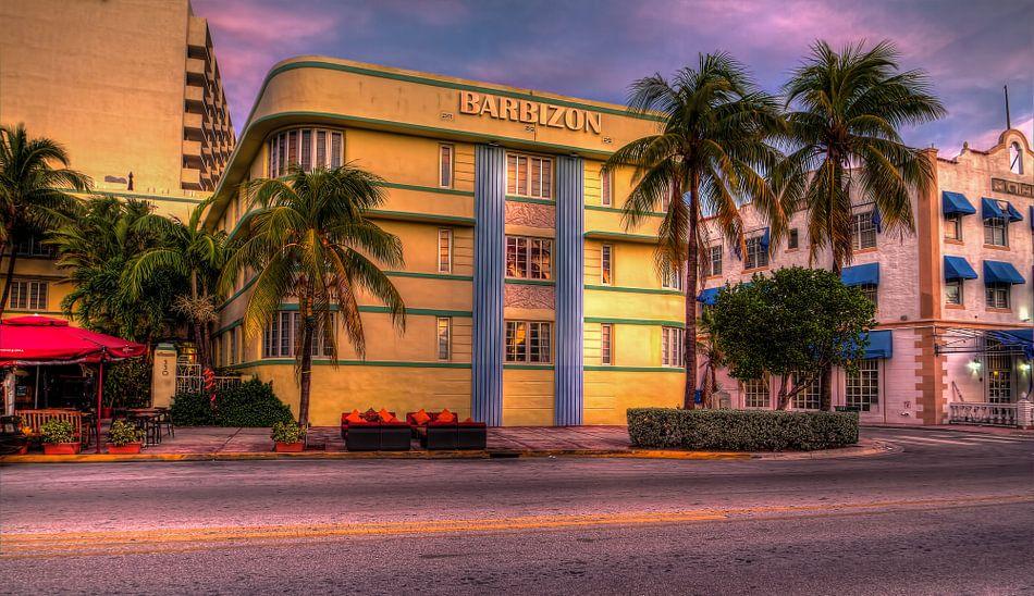 Art Deco van Rene Ladenius
