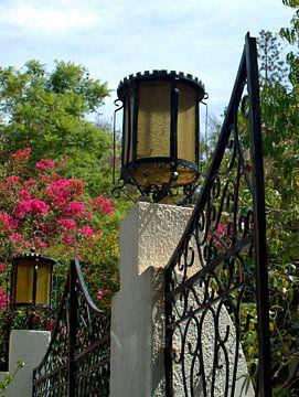 Lantaarns in Portugal van Ineke de Rijk
