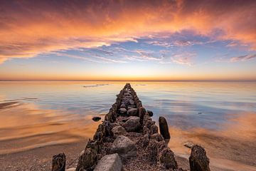 Sonnenuntergang bei Hindeloopen von Timothy Ricketts