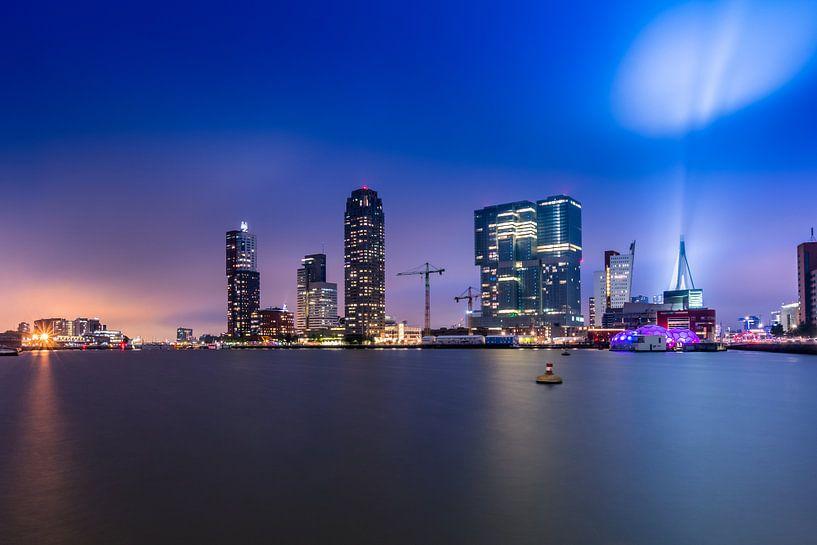 Skyline Rotterdam Rijnhaven view van Michael van der Burg