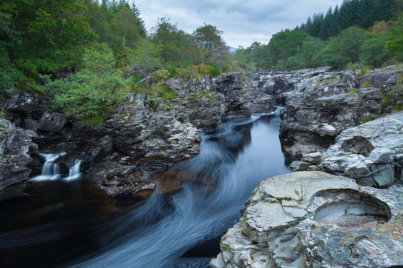 Rivier Orchy in Schotland van Ron Buist