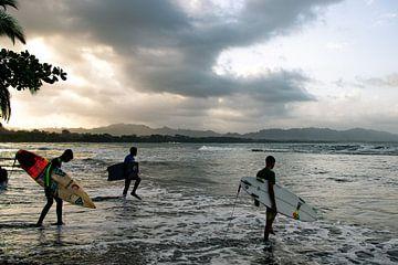 Vrijheid op het water met surfplank van Bianca ter Riet