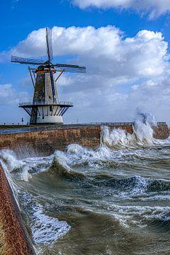 Windmühle im Sturm von Tim Doomernik