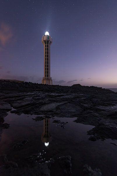 Vuurtoren op La Palma  van Leon Doorn