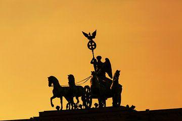 Die Quadriga auf dem Brandenburger Tor in Berlin von Frank Herrmann