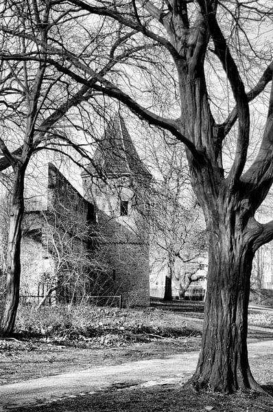 Stadsmuur Achter de Kamp historisch Amersfoort zwartwit van Watze D. de Haan
