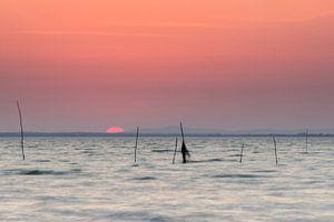 Zonsondergang aan het Meer van Trasimeno (Italië) van