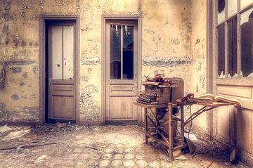 Zum Vergessen verurteilt – verlassenes Gebäude von Roman Robroek