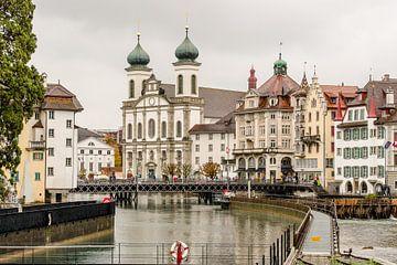 Juzuïetenkerk Luzern van Tony Buijse