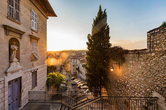 The old town of Nice in France van Werner Dieterich