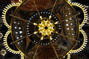 Blik omhoog in de Aya Sophia, Hagia Sophia van Gonnie van de Schans