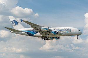 100ste Airbus A380, het grootste passagiersvliegtuig, landt op Londen Heathrow.