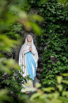 Mariabeeldje in mariagrot von