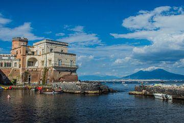 Een vakantiehuis met uitzicht van Hugo Braun