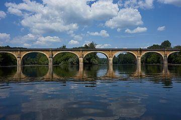 Bruggen over de Dordogne van Geert van Kuyck