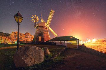Windmühle auf Amrum bei Nacht von Oliver Henze