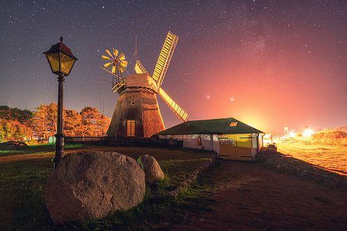 Windmühle auf Amrum bei Nacht