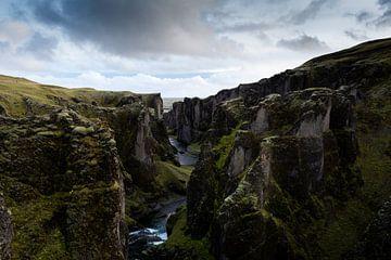 Schlucht in Island von Mylène Amoureus