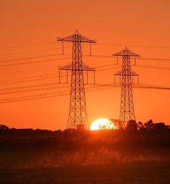 Zonsondergang tussen de electra masten von Michel Knikker