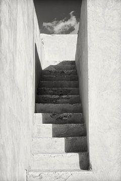 Treppe im alten Fort in Oman von Yvonne Smits