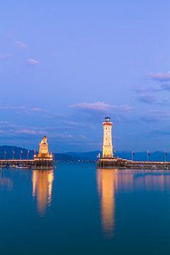Hafen von Lindau am Abend von Jan Schuler
