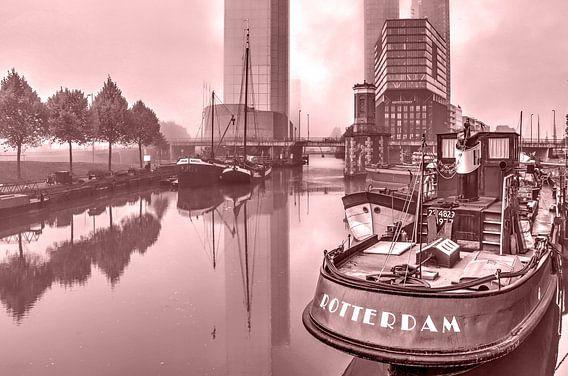 Rotterdam in de mist - monochroom