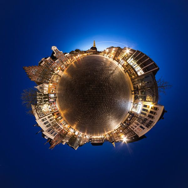 Planet Vismarkt (nacht) van Frenk Volt