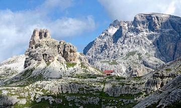 Dreizinnenhütte mit Sextner Stein von Leopold Brix