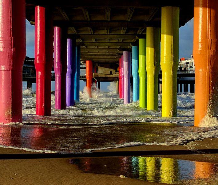 Stormachtige pier van Scheveningen van Stefan van Dongen