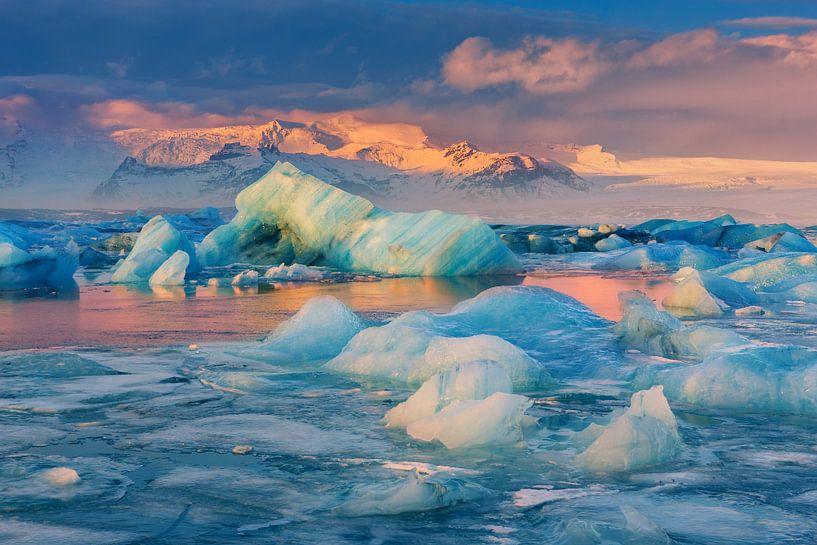 Zonsopkomst Jökulsárlón, IJsland van Henk Meijer Photography