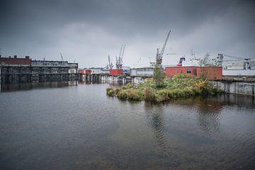 Radiostraat,havengebied Rotterdam van Daan Overkleeft