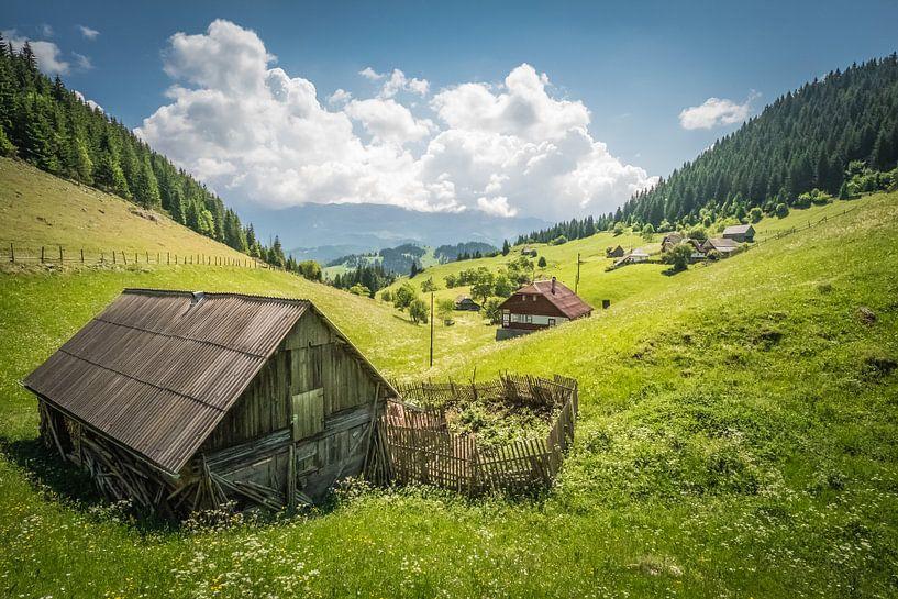 Landschap Roemenie van Marco van den Arend
