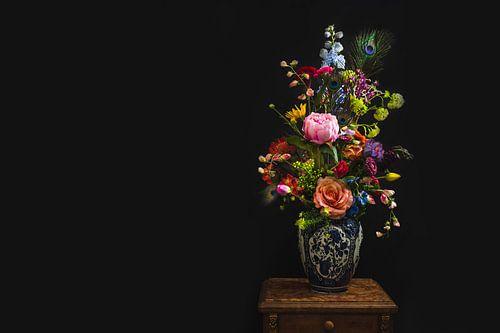 Bloemen in vaas, flowers in a vase.