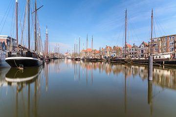 De binnenhaven van Harlingen (Friesland/ Fryslân) van Michel Geluk