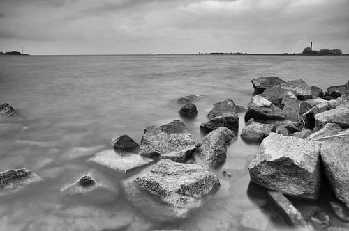 Granieten golfbreker IJsselmeer van