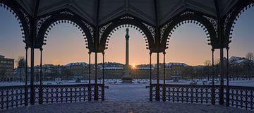 Stuttgart Schlossplatz bij zonsopgang in de winter van Keith Wilson Photography