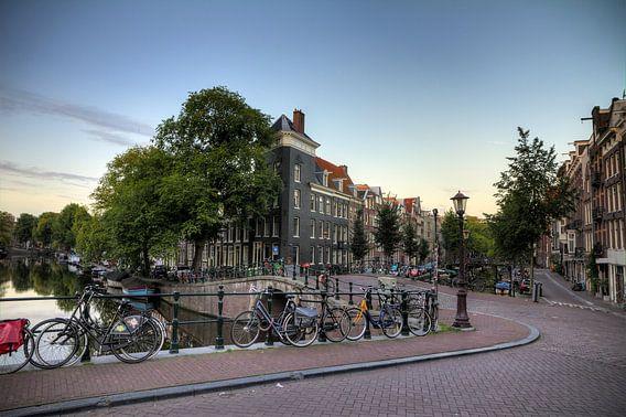 Brug over de Looiersgracht en Prinsengracht