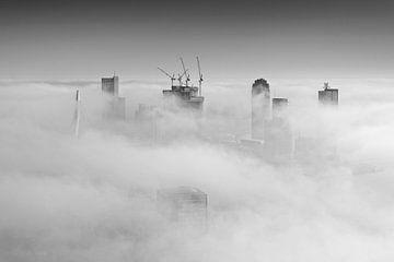 Mistige Maandag in Rotterdam van Rob de Voogd / zzapback